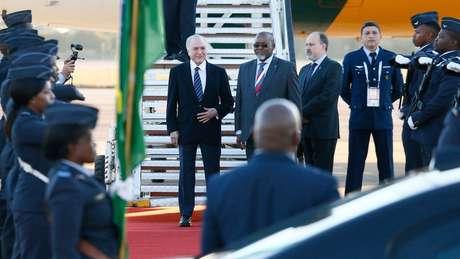 Temer em chegada à cúpula na África do Sul; Brasil quer consolidar rede de parques tecnológicos dos Brics