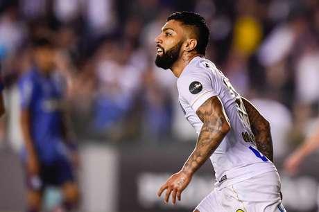 Gabriel empatou a partida para o Santos