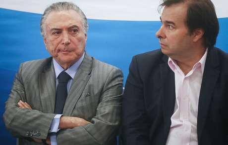 Presidente da República, Michel Temer, ao lado de Rodrigo Maia, presidente da Câmara dos Deputados
