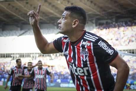 Diego Souza fez o primeiro gol do Tricolor contra a Raposa e comentou sobre a atitude de seu companheiro (Foto: Thomas Santos/AGIF)