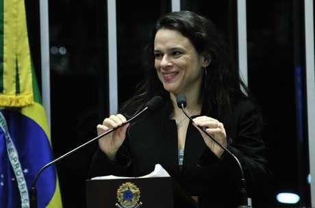 A advogada Janaína Paschoal em discurso no Congresso pelo impeachment de Dilma Rousseff, em 2016