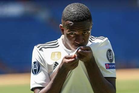 Vinícius Júnior deve começar como titular na partida amistosa entre Real Madrid e Manchester United