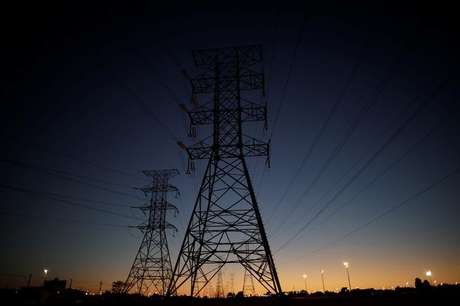 Linhas de transmissão de energia elétrica, em Brasília 31/08/2017 REUTERS/Ueslei Marcelino