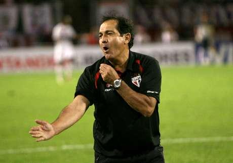 O técnico Muricy Ramalho já no final de sua principal passagem pelo São Paulo, em 2009
