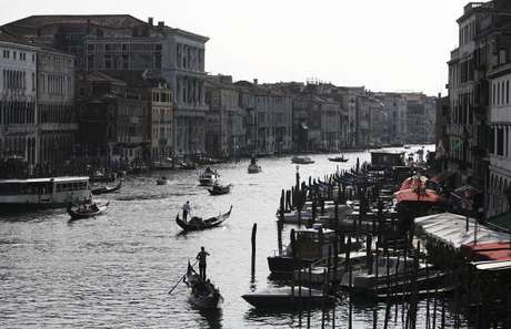 Veneza proíve caiaques e similares no Grand Canal