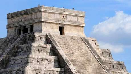 Auge civilizatório do povo maia ocorreu entre anos 250 e 950, quando população chegou a 13 milhões de habitantes