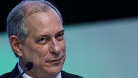 Acordo entre PT e PSB isolou o pré-candidato Ciro Gomes, que terá pouco tempo de propaganda na televisão