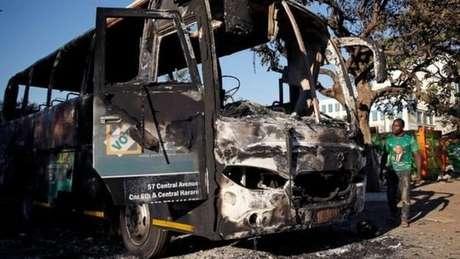 O governo culpou a oposição pelos violentos protestos ocorridos na capital após a votação