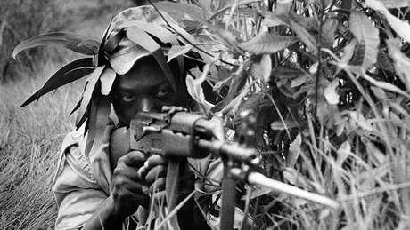 A guerra que precedeu a independência do Zimbábue criou o pano de fundo para a ascensão de Mnangagwa
