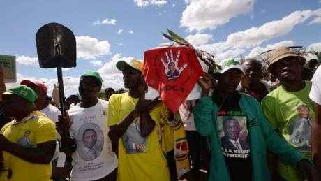 Mnangagwa não é muito benquisto pela base de seu próprio partido