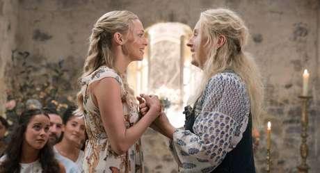Sophie e Donna emMamma Mia: Lá vamos nós de novo!