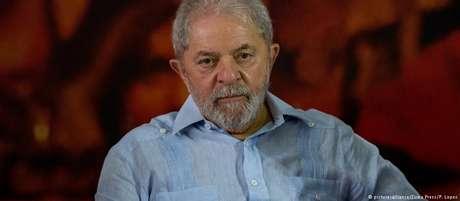 Luiz Inácio Lula da Silva é oficialmente candidato do PT para 2018