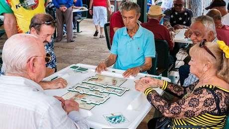 Migrantes cubanos em Miami tiveram sua língua alterada pela proximidade com mexicanos e colombianos