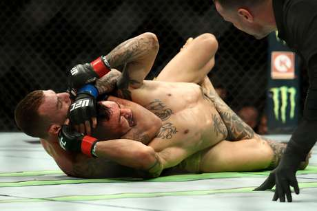 Renato Moicano derrotou Cub Swanson, que lutava em casa