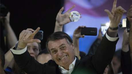 Bolsonaro, do PSL, oficializou o general Antônio Hamilton Mourão, do PRTB, como companheiro de chapa