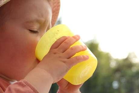 Como saber se o bebê está desidratado?