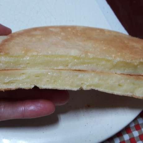 Crepioca de queijo assado na frigideira