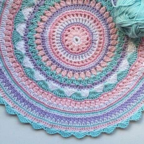 4.Com o tempo seus tapetes decrochê ficarão mais elaborados e charmosos.