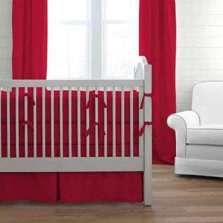 27. Quartos vermelhos também podem ser usados como inspiração para quarto de bebê – Foto: Baby Bedding