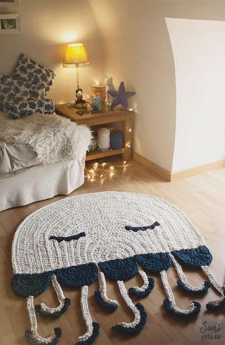 20. Tapete de crochê que pode ser utilizado em diversos ambientes