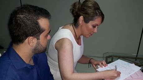 Atualmente, Letícia faz sessões com ozonioterapia três vezes por semana, em Cuiabá.