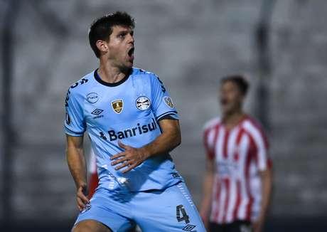 Kannemann comemora gol do Grêmio