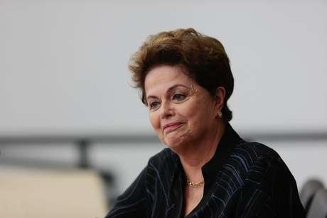 """Dilma também afirmou que o """"golpe"""" segue um processo de três atos, onde o impeachment foi o primeiro."""