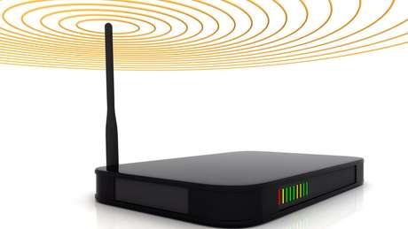 Os roteadores usados em nossas casas normalmente enviam o sinal para várias direções