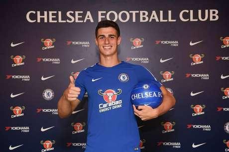 Aos 23 anos, Kepa se tornou o goleiro mais caro da história, custando 80 milhões de euros (351 milhões de reais) ao Chelsea para tirá-lo do Athletic Bilbao