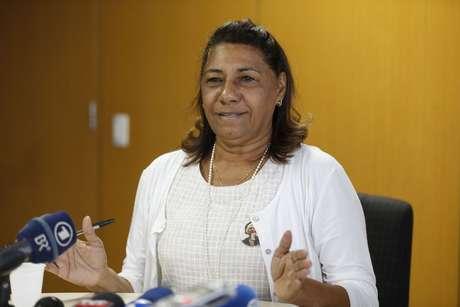 A mãe da vereadora Marielle Franco, a advogada Marinete da Silva fala durante coletiva de imprensa, na OAB/RJ sobre reunião com o Papa Francisco e também os cinco meses de intervenção militar no Rio.