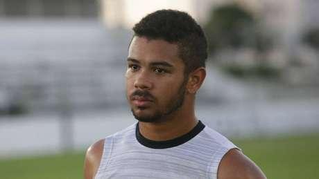 Juninho critica diretor do Corinthians