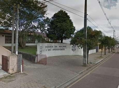 Delegacia de Defesa da Mulher de São José dos Pinhais, Paraná, que investiga o caso