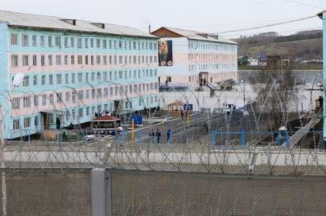 No mês passado, Yevgeny Makarov foi torturado e espancado por policiais com cassetetes; vídeo veiculado gerou preocupação da ONU