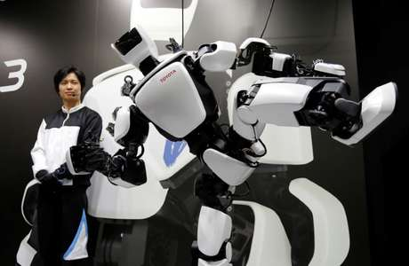Robô humanóide de terceira geração em exibição em Tóquio  29/11/2017     REUTERS/Toru Hanai