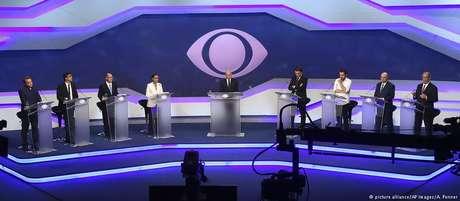 Sem a polarização esperada com Bolsonaro, candidatos acabaram criticando arco de alianças do ex-governador Alckmin