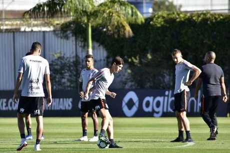 Corinthians realizou treino nesta sexta-feira (10)