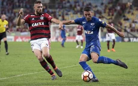 Último jogo (8 8 2018)  Flamengo 0x2 Cruzeiro - Libertadores 7998e860aafa2