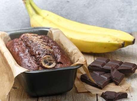 Bolo de chocolate com banana