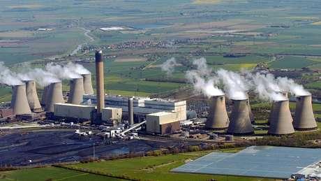 Reduzir o uso de termoelétricas movidas a carvão é um ponto-chave para controlar a mudança climática