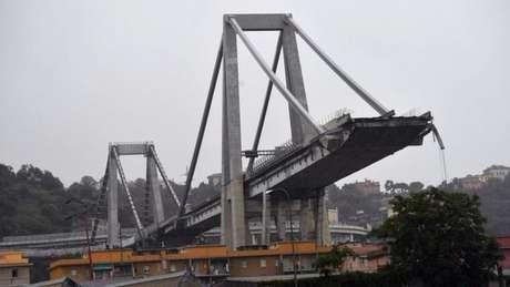 Ponte estava congestionada no momento do incidente