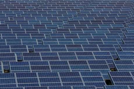Painéis de energia solar  25/06/2018  REUTERS/Jean-Paul Pelissier