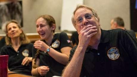 Reação da equipe da New Horizons ao ver as imagens captadas pela sonda perto de Plutão