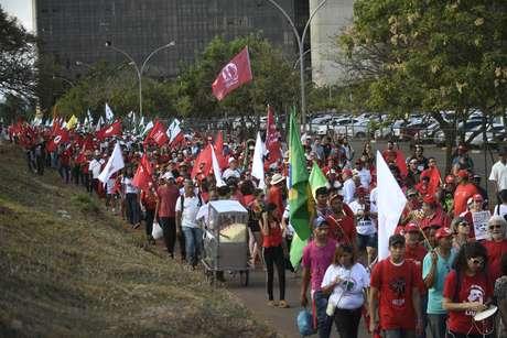 MST faz ato em Brasília