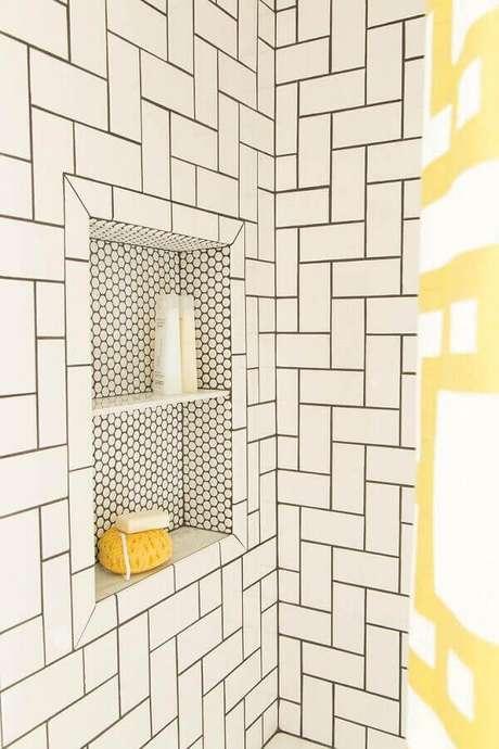 47- Nicho apara banheiro pode ser feito com diferentes acabamentos. Foto: Pinterest