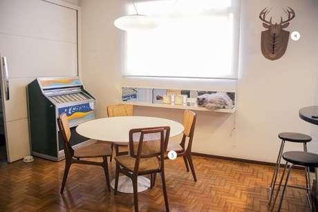 6. O espaço entre a mesa e os demais móveis deve ser observado. Projeto de Casa Aberta