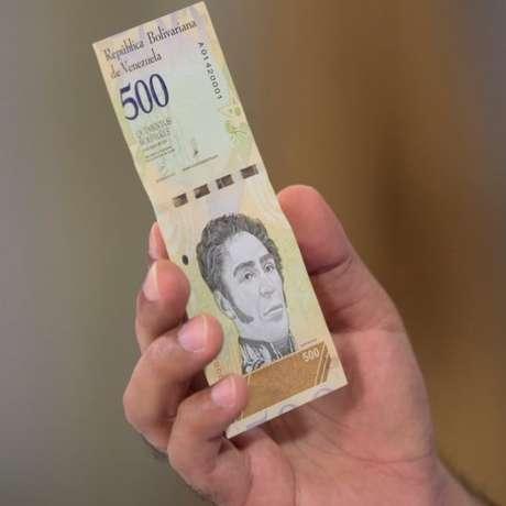 A nova moeda venezuelana, com cinco zeros a menos, foi batizada de bolívar soberano