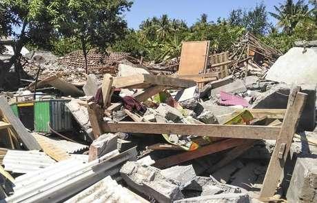 Novo terremoto na Indonésia deixa ao menos 12 mortos