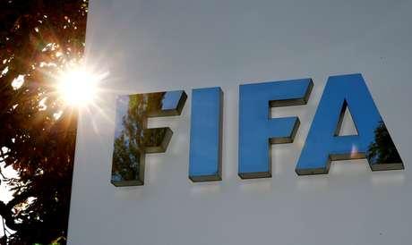 Logo da Fifa na sede da entidade em Zurique 26/09/2017 REUTERS/Arnd Wiegmann