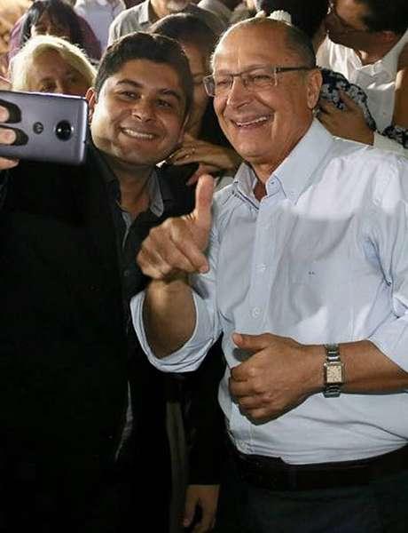 O candidato do PSDB à Presidência, Geraldo Alckmin, participa deencontro com lideranças de partidos coligados e militantes no Riocentro, na Barrada Tijuca