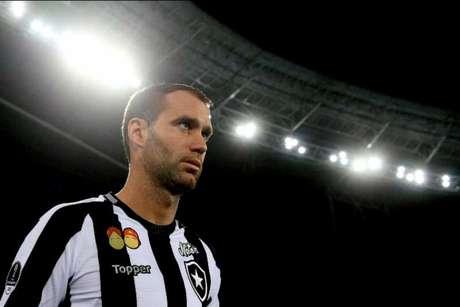 Capitão do Botafogo, Carli será desfalque nesta quarta-feira (Foto: Vítor Silva/SSPress/Botafogo)